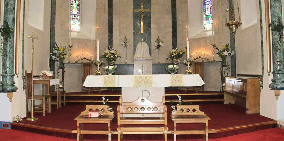 St John Cantius and St Nicholas is a parish of the Roman Catholic Archdiocese of St Andrews and Edinburgh